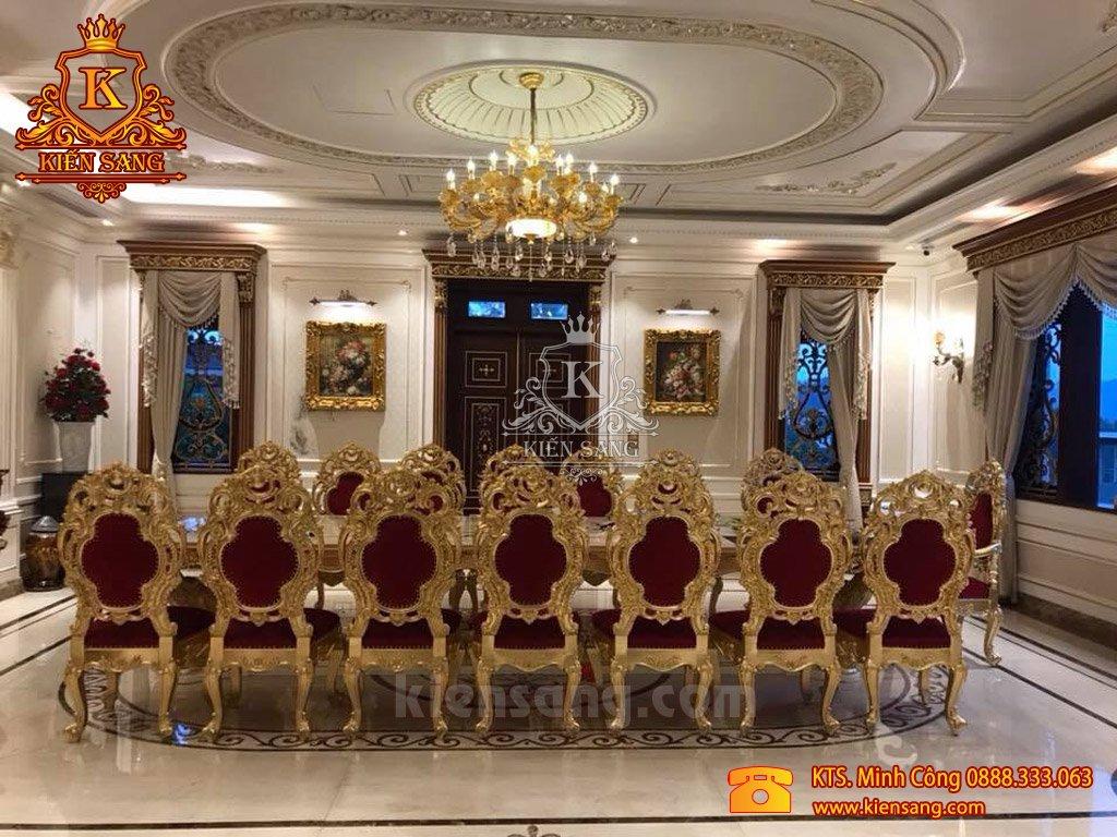 Cận cảnh nội thất nhà đẹp được nghệ nhân điêu khắc tỷ mỉ